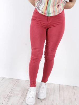 Toxik Red jeans