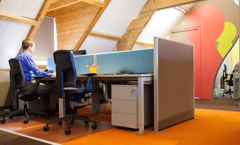 Hoe krijg je privacy in een grote kantoorruimte?