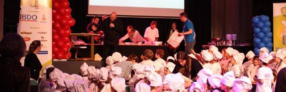Inofec Kantoormeubelen sponsort gouden schoolset Smaakfeest