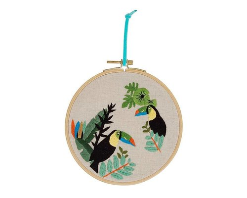 Embroidery Frame Toucan