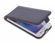 Selencia Luxus Flipcase für Samsung Galaxy J5 - Schwarz