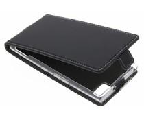Accezz Schwarzer Flip Case für das BlackBerry KeyOne