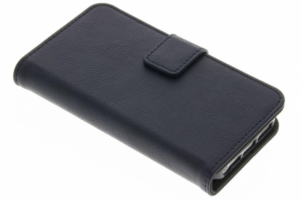 blaue luxus leder booktype h lle f r iphone 5 5s se. Black Bedroom Furniture Sets. Home Design Ideas