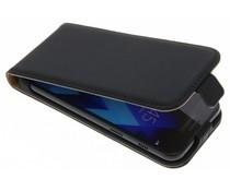 Selencia Schwarze Luxus Flipcase für Samsung Galaxy A3 (2017)