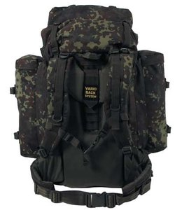 "BW Rugzak, ""Mountain"", BW camouflage, met 2 side bags"