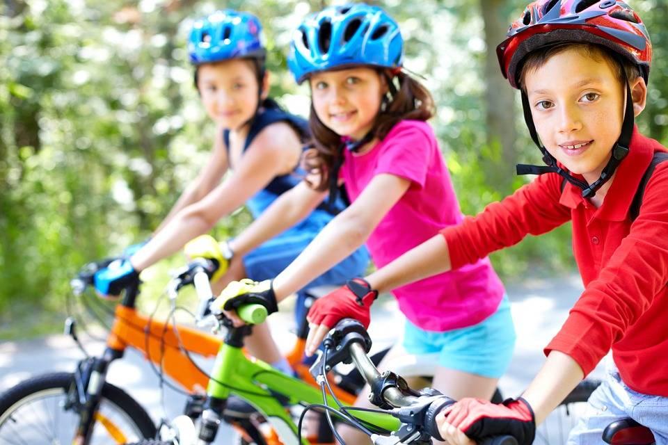Kinderen fietsen te weinig - tips voor het vergroten van hun fietsveiligheid