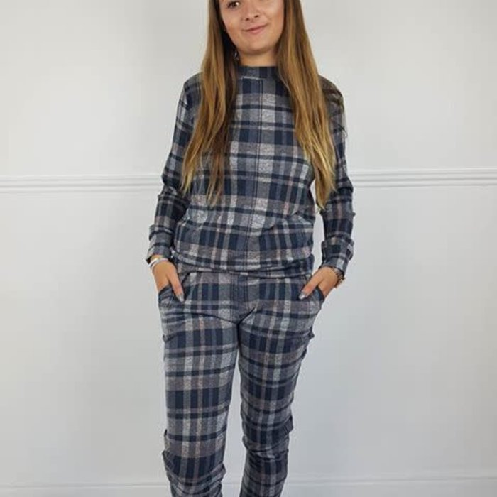 Lounge Suits