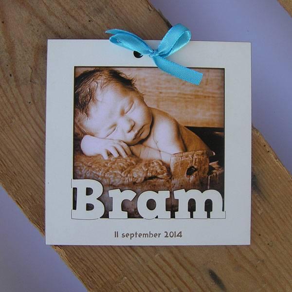 Geboortekaartje houten fotoframe 11x11cm