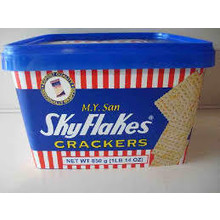 M.Y San Sky Flakes Crackers (tub) 850g