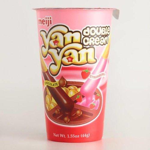 Meiji Yan Yan Strawberry & Chocolate  Stick 44g