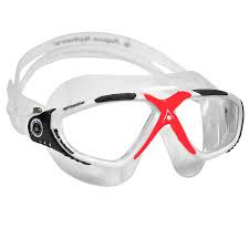 Aqua Sphere Vista goggles combine the best in Aqua Sphere technology. A generous leak proof seal holds the water out. The wrap around design creates a very low profile which virtually eliminates drag. The adjustable buckles are simple to operate even with cold wet ha