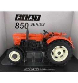 Universal Hobbies Universal Hobbies 5299 - Fiat 850 DT Super (witte velgen) - Limited Edition 1:32