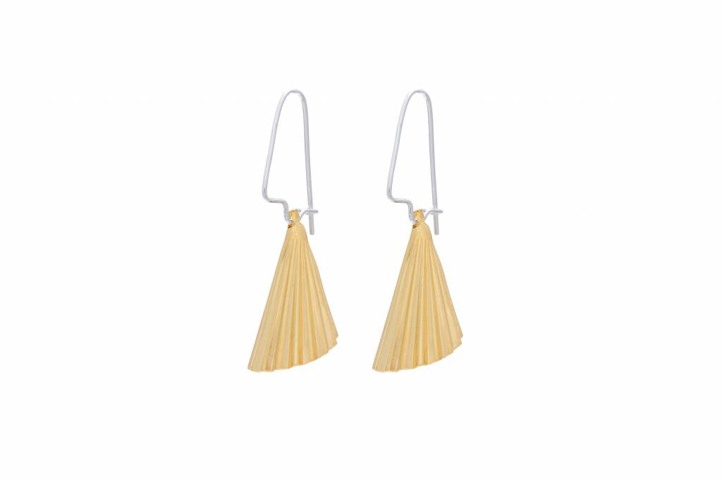 Wouters & Hendrix hook earrings with gold plated cone