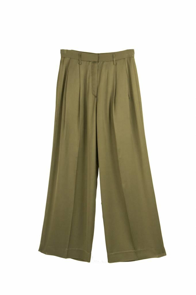 Pomandère Pleats trousers green
