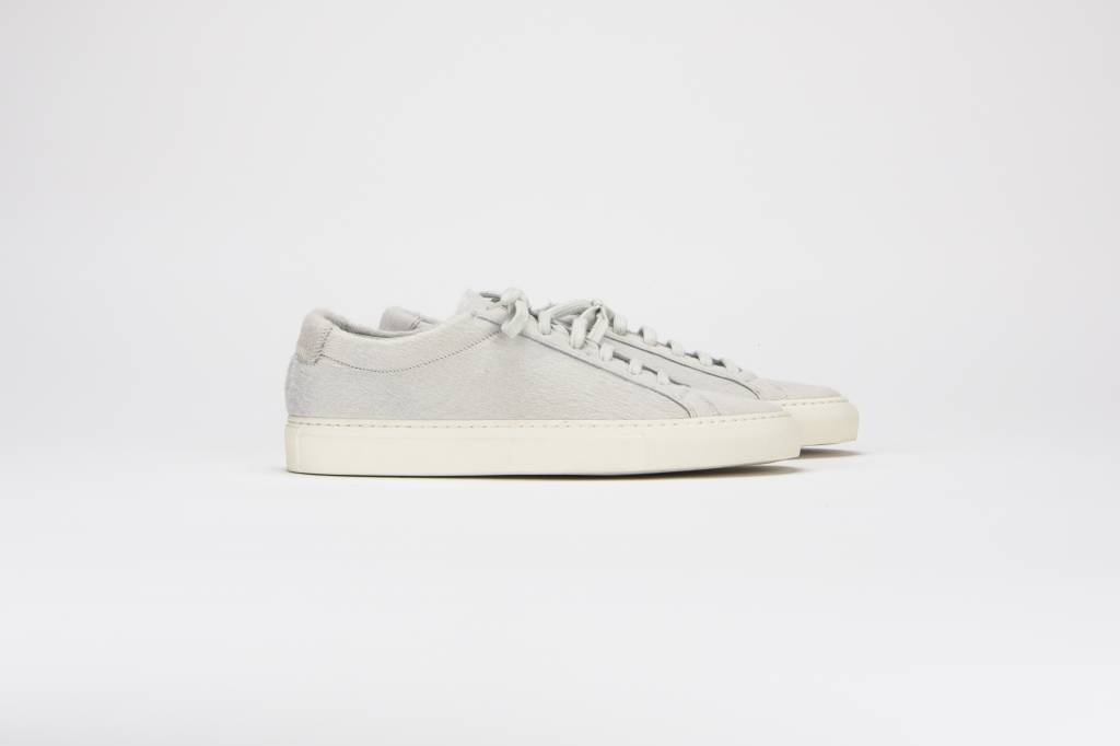 Common Projects Achilles low sneaker white fur