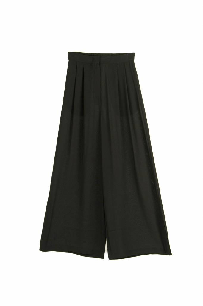 Kokoon Cecco slit pants black silk