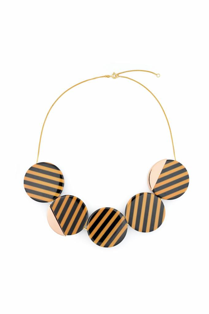 Wouters & Hendrix black and mocca striped short statement necklace