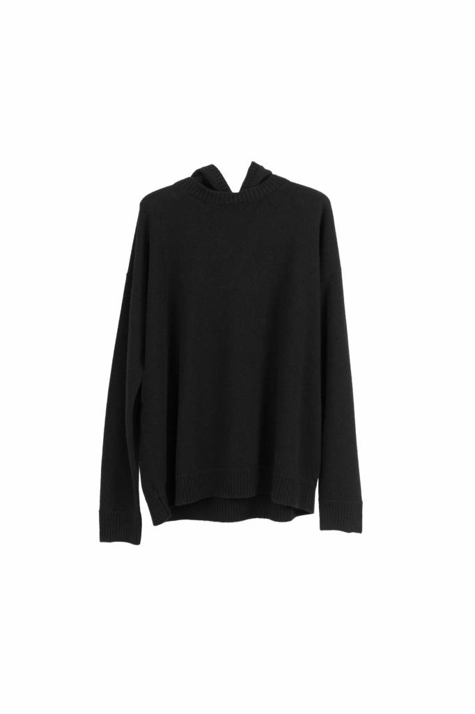 Fine Edge oversized hooded sweater black