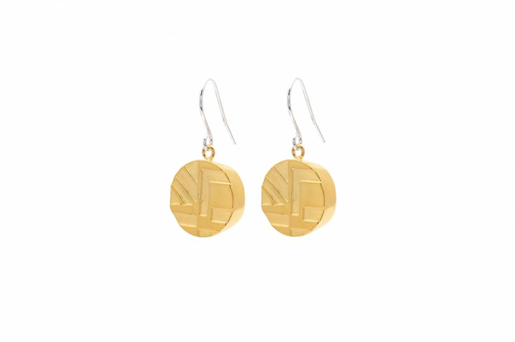 Wouters & Hendrix fine hook earrings with etched pendant