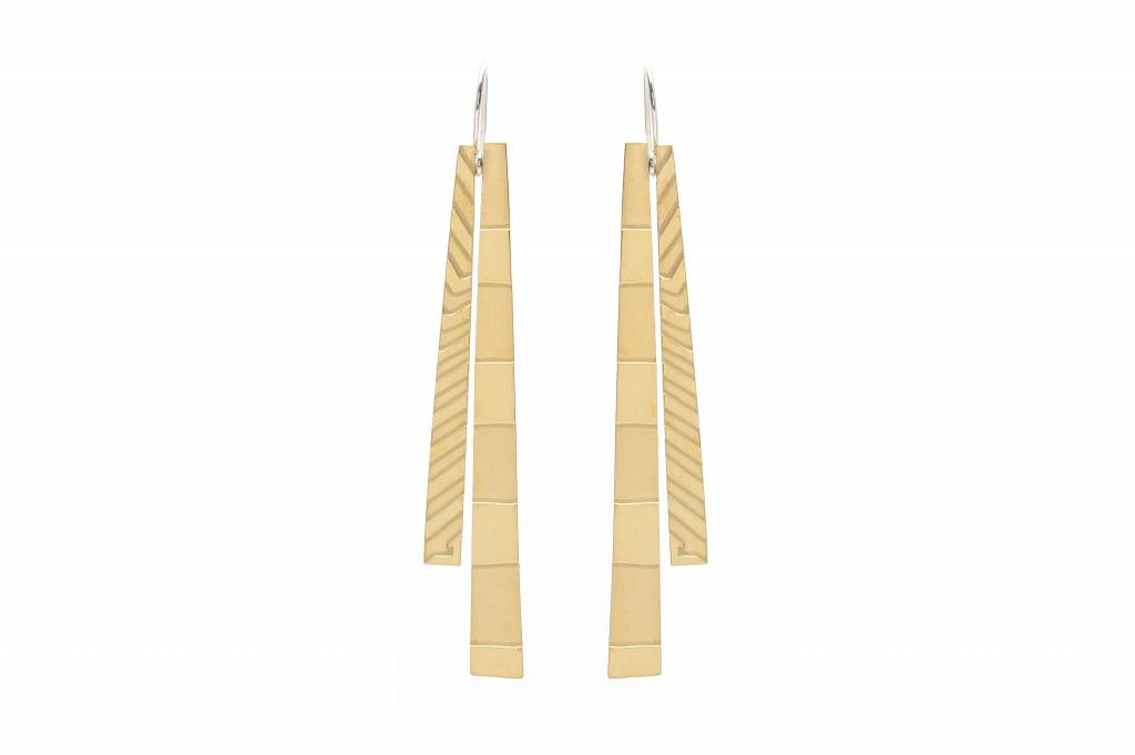 Wouters & Hendrix long etched  hook earrings