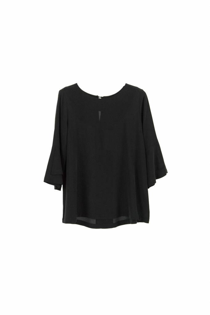 Kokoon A bell blouse black
