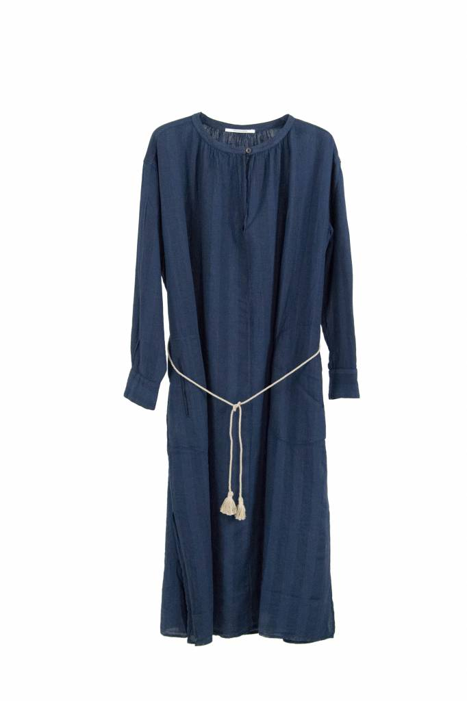 Pomandère dress blue linen with cord
