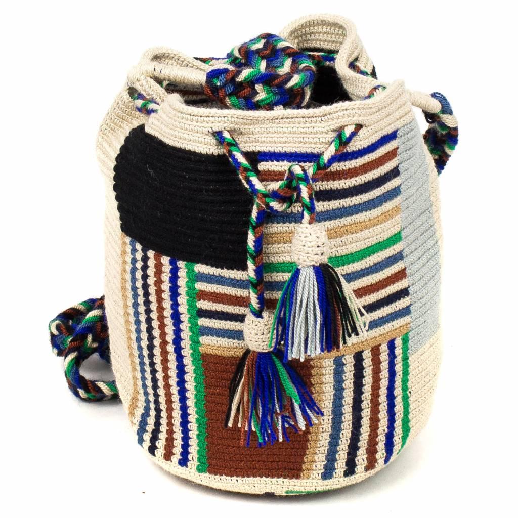 Guanabana Medium Wayuu bag stripes green blue red