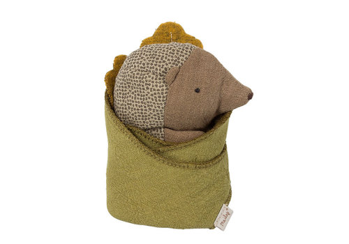 Maileg Baby egel knuffel met blad