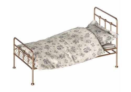 Maileg Gouden vintage bed voor mini-konijn