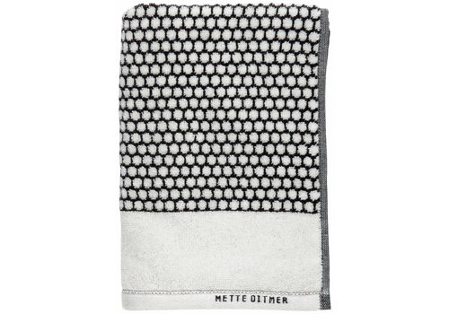 Mette Ditmer Badhanddoek black/off-white grid