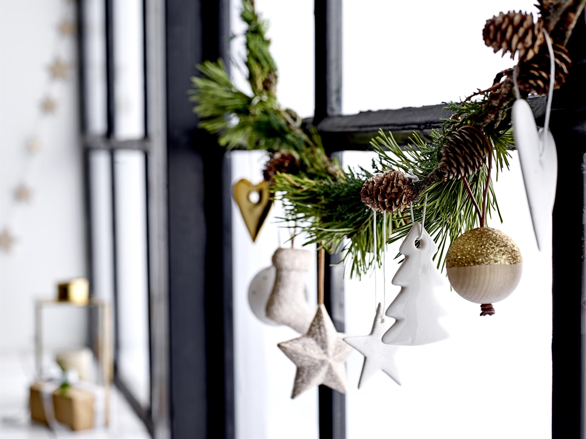 Zwart Wit Kerstdecoraties : Mooihuis 2018 » kerstdecoratie voor raam mooihuis
