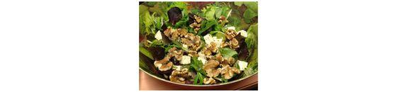 Salad from walnuts