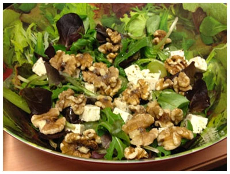 Salad from walnuts.jpg