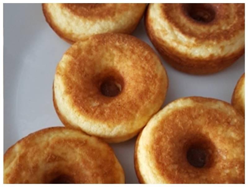 Kha donuts.jpg