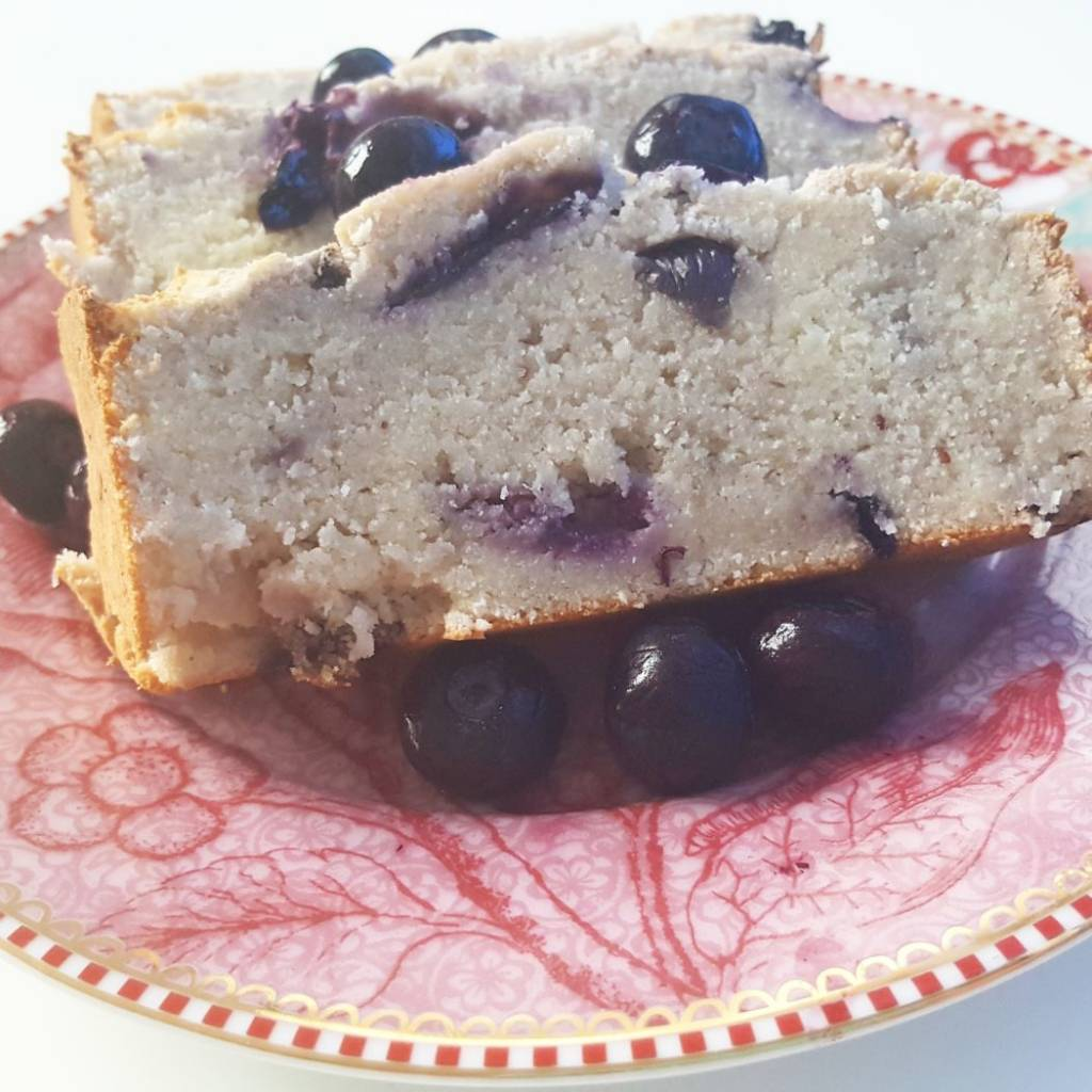 BLUEBERRY COCONUT CAKE.jpg