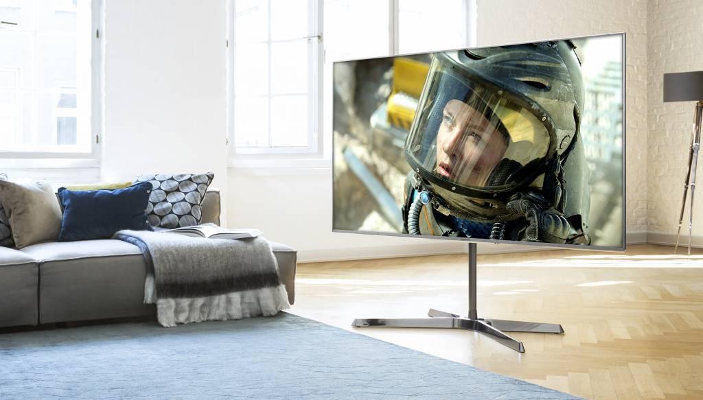 PANASONIC EX750 LED TV