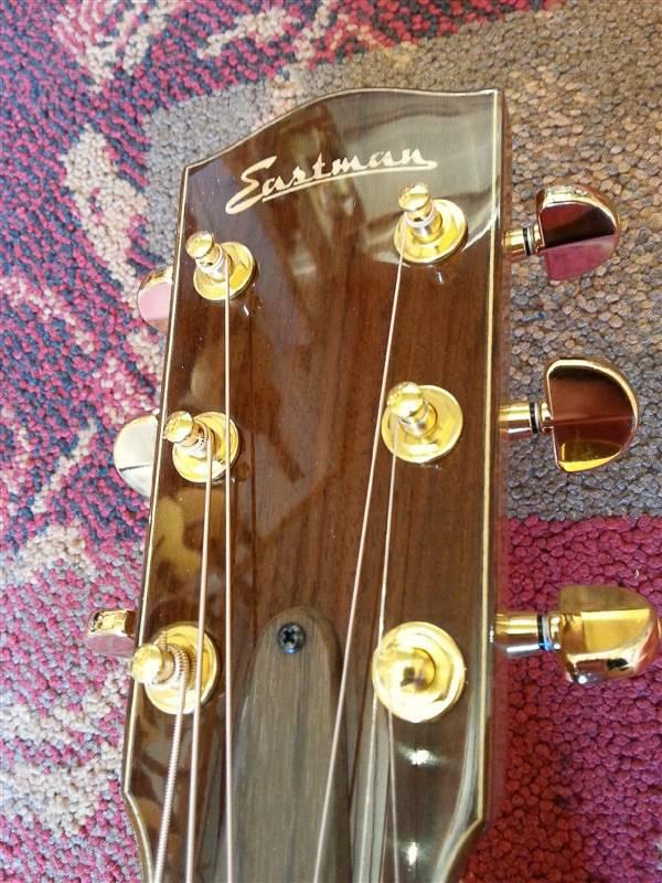 Eastman Eastman AC712 w/Case