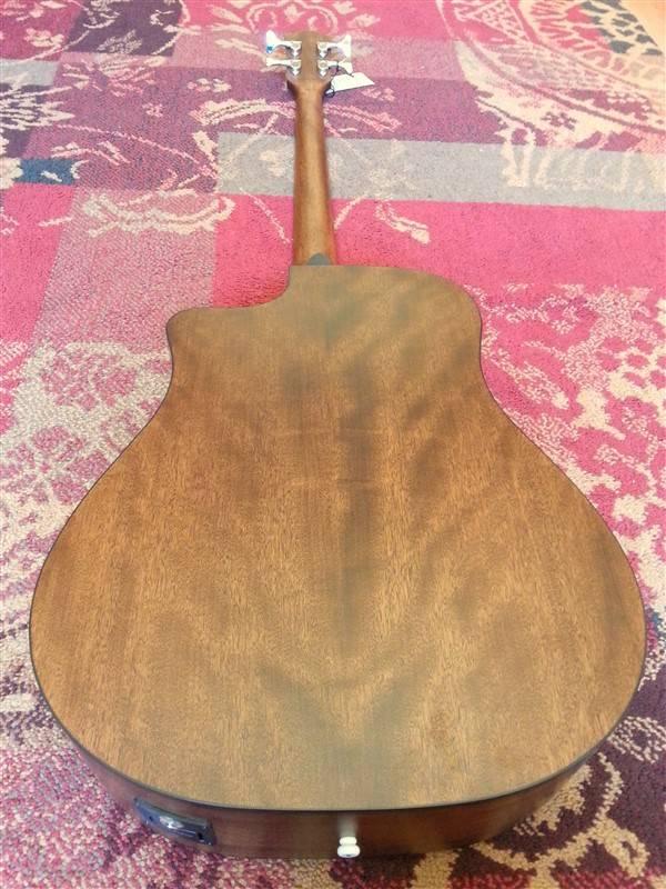 Fender Fender CB100 CE Acoustic Bass