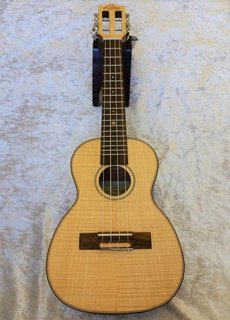 Leho  Leho Concerto Ukulele LHUC-FF Flamed Maple