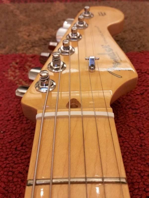 Fender 2012 Fender American Standard Stratocaster Sunburst MN