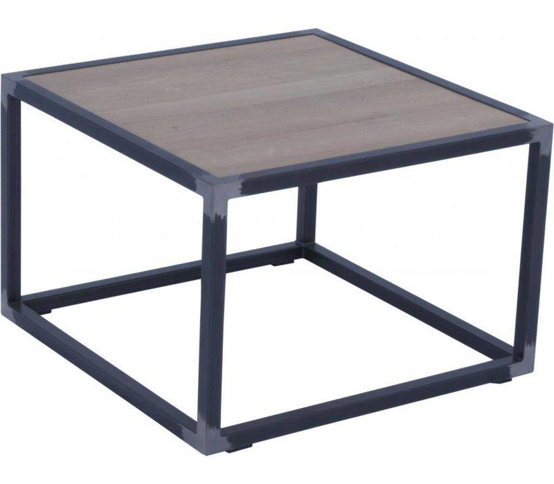 DIVA - Blacksmith -  60x60x40