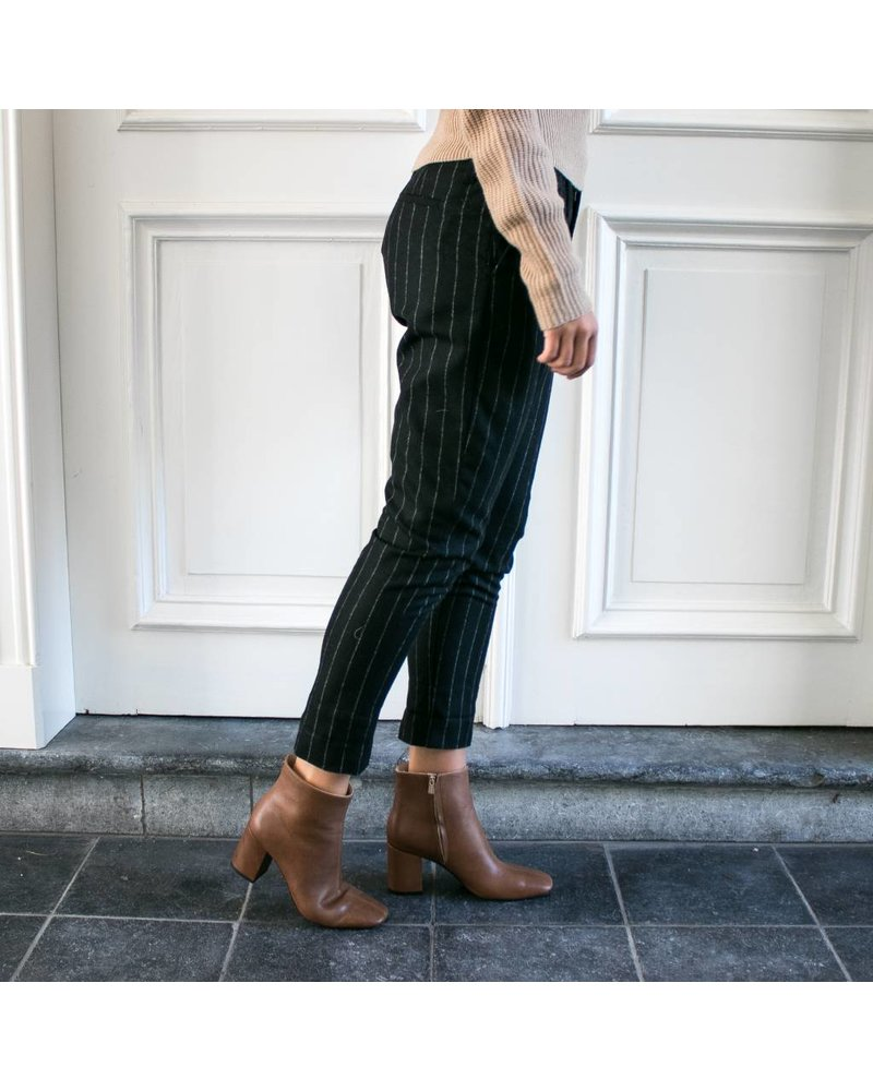 Hope Law trousers - Black Stripe