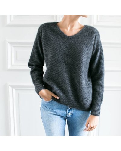 CT Plage Knitted racoon Vneck pullover - Dark grey