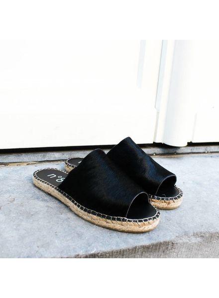 N°8 Antwerp Pony sandal - Black