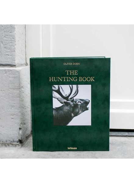 Exhibitions International The Hunting book, Oliver Dorn