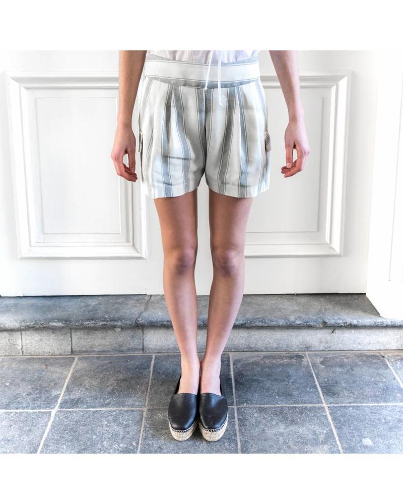 Matin Pleated Pocket Short - Ivory Wide Stripe
