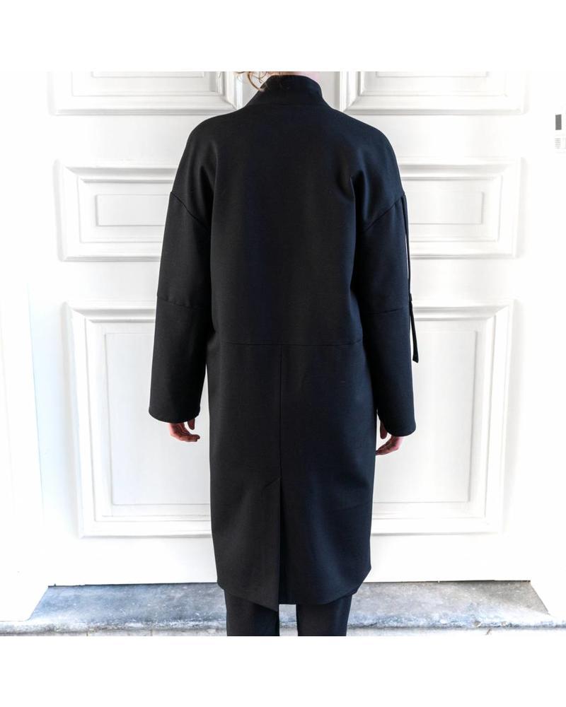 StudioRuig Coat Chardonnay  - Black