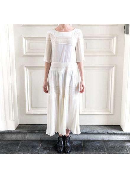 Loa by Lidia Aguilera Dress Midi Laces Pleat - White