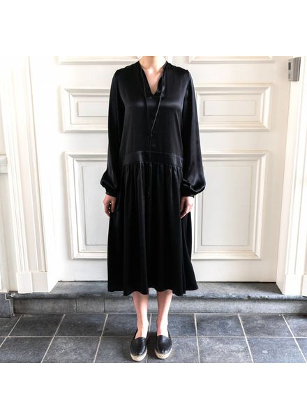Matin Full Sleeve Tie Dress Long - Black