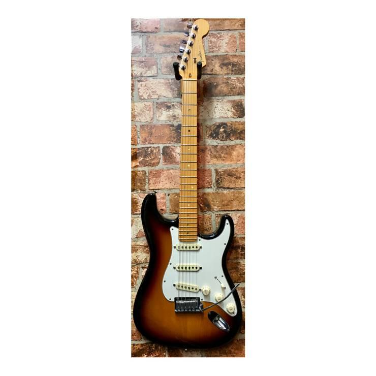 Fender American Standard Stratocaster 2008 3-Tone Sunburst (Second-Hand)